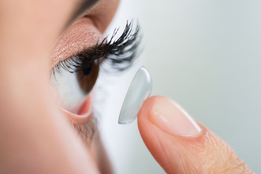 Hogyan zajlik egy kontaktlencse vizsgálat?